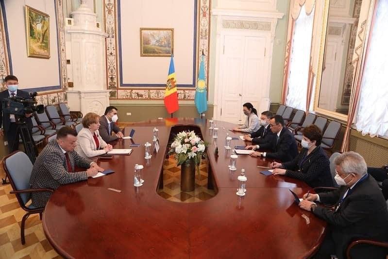 Гречаный: Мы намерены максимально использовать потенциал торгово-экономического взаимодействия с Казахстаном