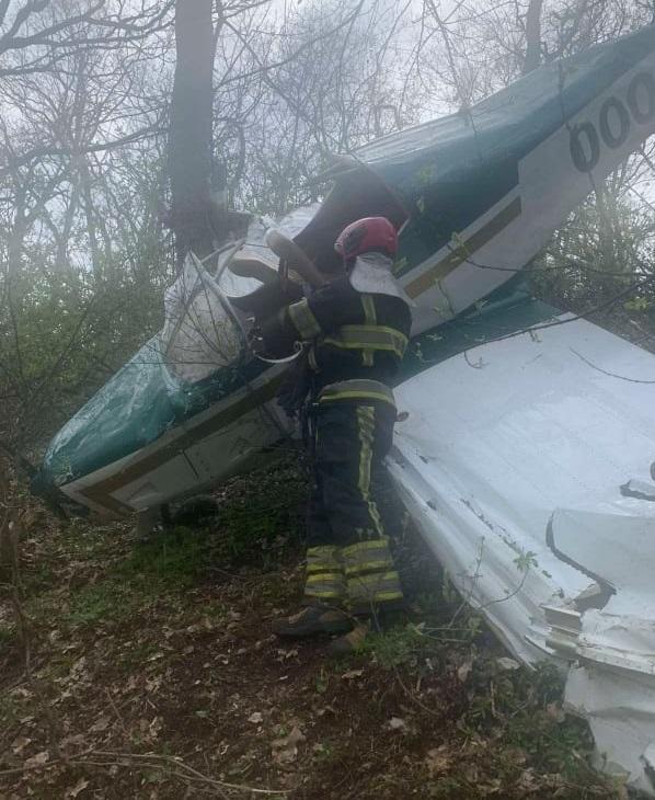ЧП в Вадул-луй-Водэ: возле аэродрома разбился легкомоторный самолёт