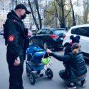 Патрульные вернули заблудившегося ребёнка матери