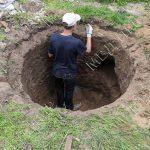 В Парканах при проведении земляных работ обнаружили человеческие останки