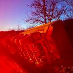 На трассе Кишинёв-Унгены перевернулся грузовик с прицепом