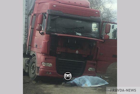 Трагедия в России: гражданина Молдовы придавило фурой