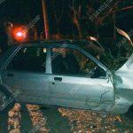 Пьяный и без прав: молодой человек за рулём Ford влетел в дерево