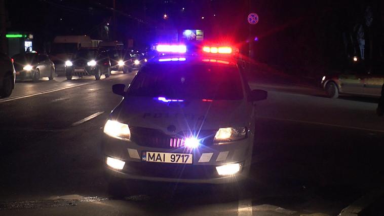 Пьяный пешеход попал под колёса такси в центре столицы