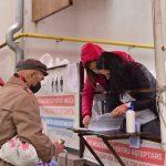 Социально уязвимые жители столицы ежемесячно получают наборы с продуктами питания