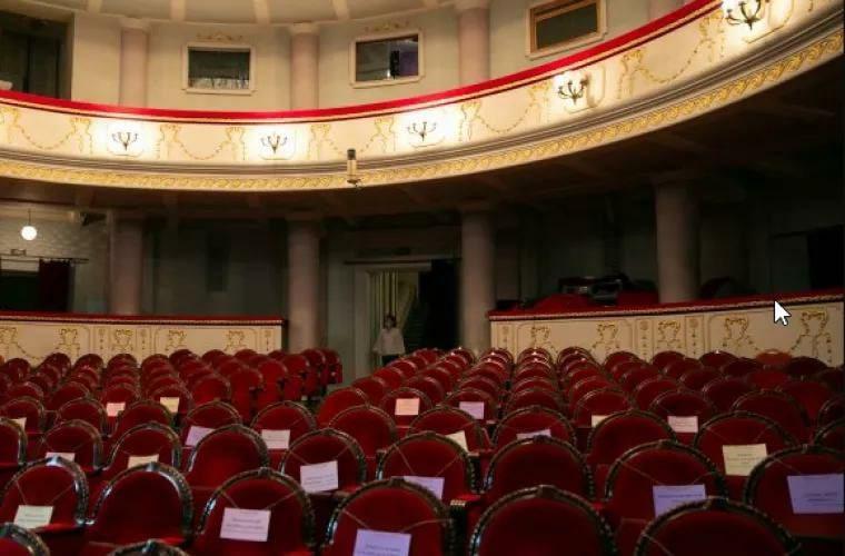 Генпримар: Мы хотим возобновить деятельность театров