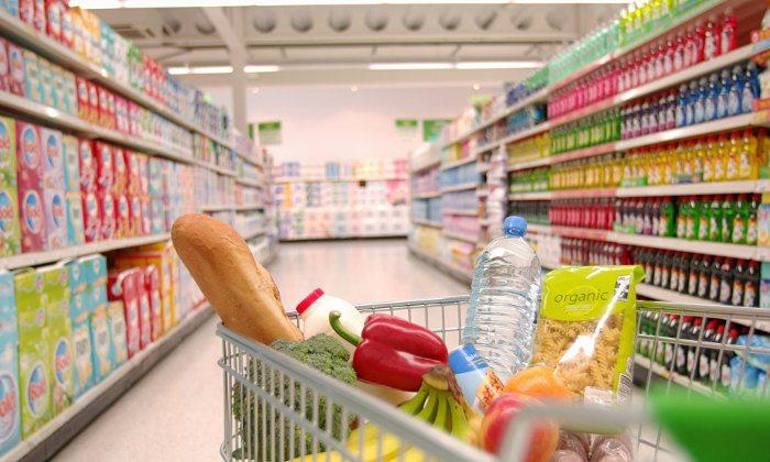 Список отечественных продуктов питания на прилавках супермаркетов будет расширен
