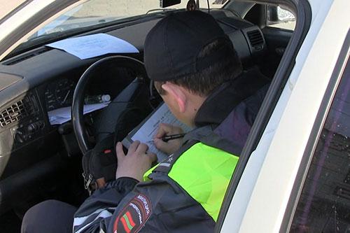 """Водитель """"под кайфом"""" попался инспекторам"""