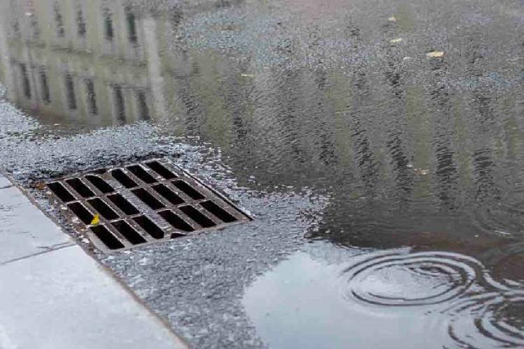 Жителей Кишинёва призывают не использовать канализационную сеть для утилизации отходов
