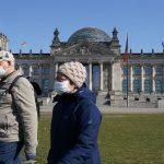 COVID-ситуация в мире: В Германии одобрили послабления для привитых от коронавируса, в Польше отменяют масочный режим на улице