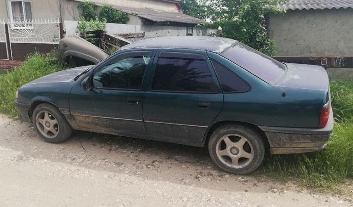 В Комрате 11-летний мальчик угнал автомобиль