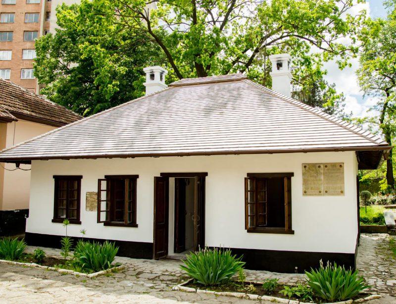 Додон посетил отреставрированный по его инициативе Дом-музей Пушкина (ФОТО, ВИДЕО)