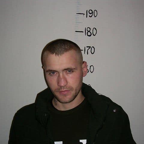 Полиция просит помощи граждан в поимке сбежавшего из тюрьмы в Крикова преступника
