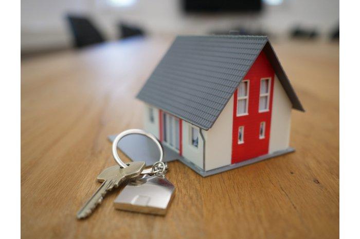 """По программе """"Первый дом"""" приобретено почти 6 000 единиц жилья"""
