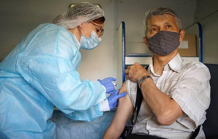 Более 10 тысяч человек вакцинировались против COVID-19 в день выборов