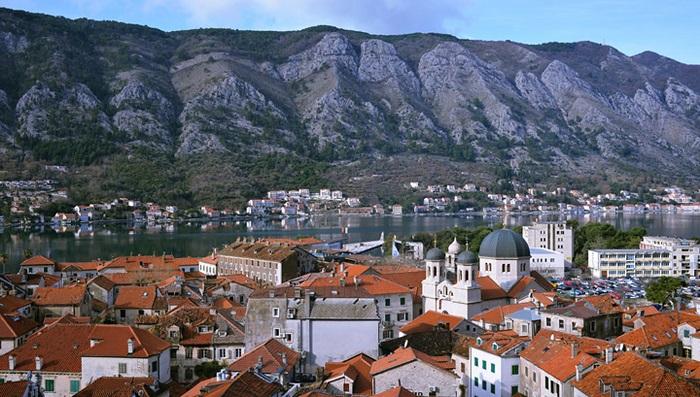 COVID-ситуация в мире: Черногория готовится полностью открыться для туристов