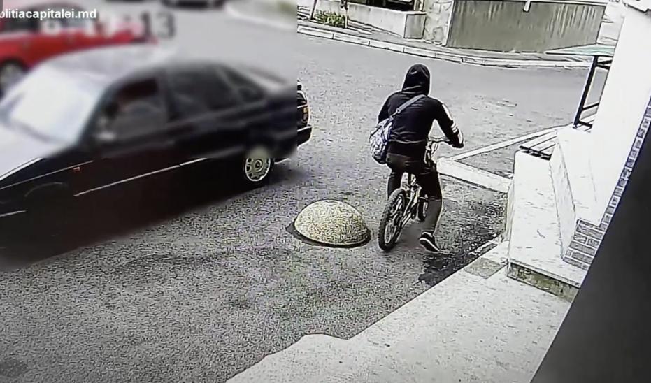 Столичная полиция поймала велосипедного вора (ВИДЕО)