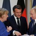 Меркель и Макрон хотят пригласить Путина на саммит ЕС