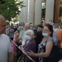 """Спасибо за вакцину! Мы с вами!"": как участники марафона вакцинации встретили лидера ПСРМ (ВИДЕО)"