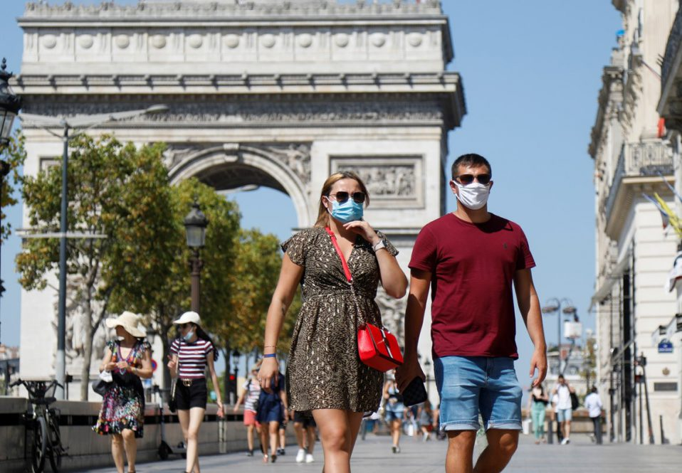COVID-ситуация в мире: во Франции отменяют комендантский час, а в Швеции вводят цифровой сертификат