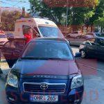 Авария на Ботанике: женщина на электросамокате попала под колёса машины