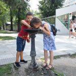 В столице заработали фонтанчики с питьевой водой