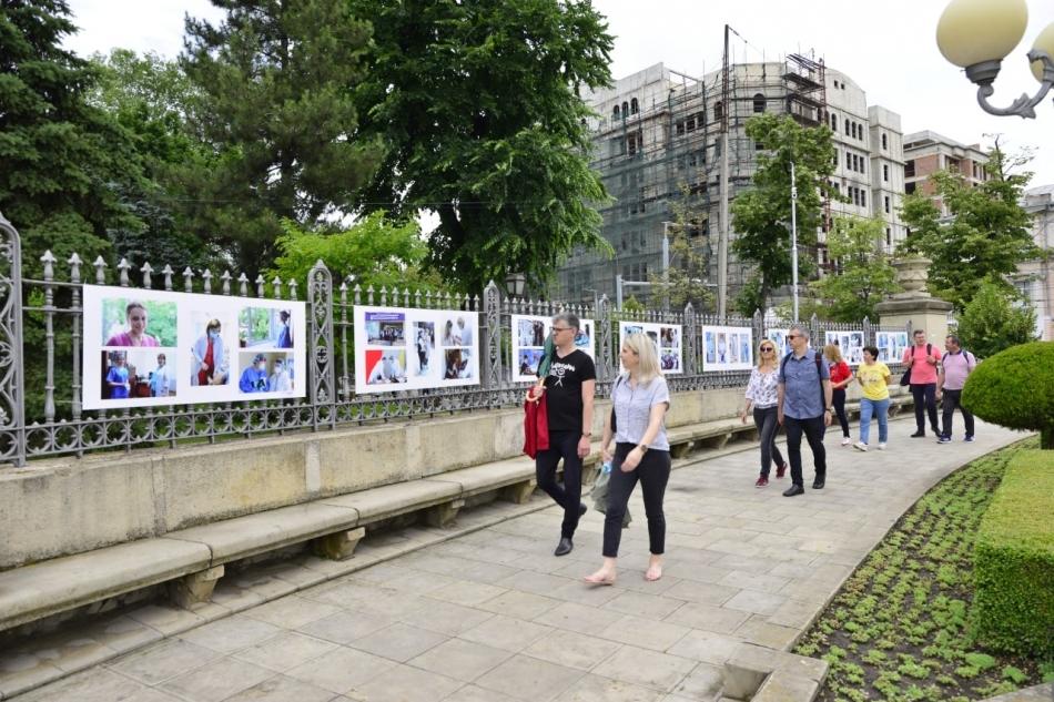 В центре столицы открылась выставка, посвящённая медработникам (ФОТО)