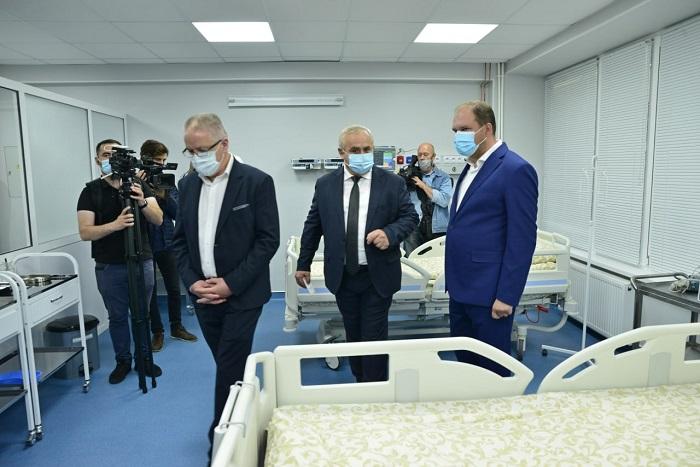 В больнице «Святая Троица» открылось новое отделение реанимации и интенсивной терапии