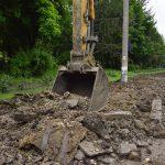 Работы по восстановлению парка на улице Сармизеджетуза идут полным ходом