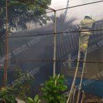 Короткое замыкание стало причиной крупного пожара в частном доме