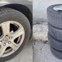 На Ботанике злоумышленник снял с припаркованного Lexus все четыре колеса (ВИДЕО)