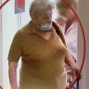 Полиция разыскивает женщину, укравшую сумку в столичном магазине (ВИДЕО)