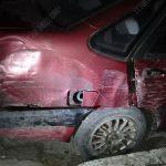 Два пьяных водителя устроили ДТП. Один врезался в забор, другой - в столб