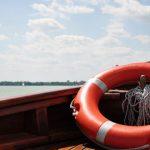 В столичном озере тонул мужчина: его вытащили спасатели