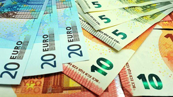 Курсы валют на среду: евро продолжает дешеветь