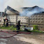 Пожар в столице: загорелся склад (ВИДЕО)