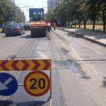 На многих улицах Кишинёва продолжаются ремонтные работы (ФОТО)
