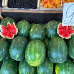 В продаже появились арбузы и дыни: сегодняшние цены на Центральном рынке