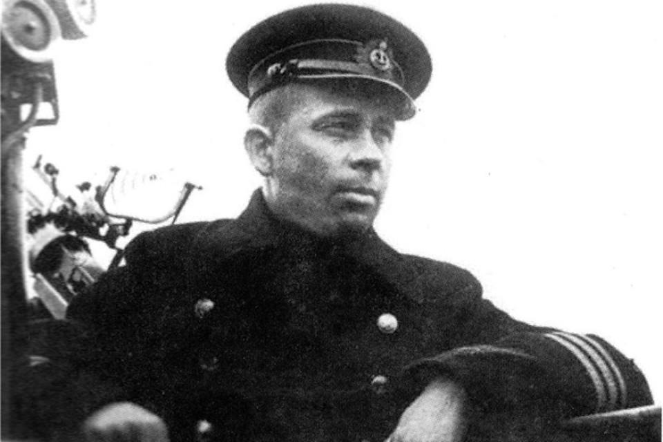 В Кишинёве открыли памятник легендарному подводнику Александру Маринеско
