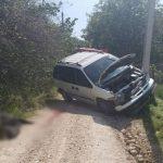 Смертельное ДТП в Окнице: машина врезалась в столб и перевернулась, водитель скончался на месте