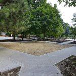 Работы по обустройству двора на улице Миорица идут полным ходом