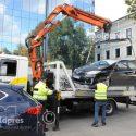 Полицейские эвакуировали автомобили, незаконно припаркованные в центре столицы