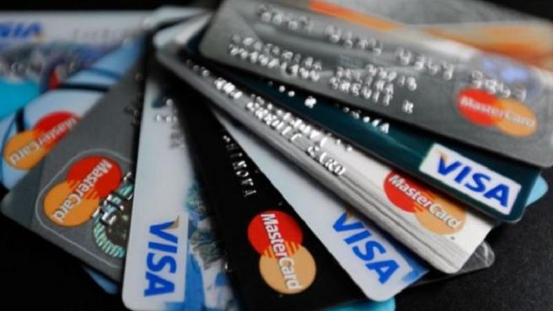 В Молдове появилась новая схема кражи денег с банковских карт: мошенники прикрываются коронавирусом