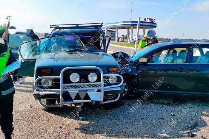 Не поделили дорогу: в ДТП пострадали двое