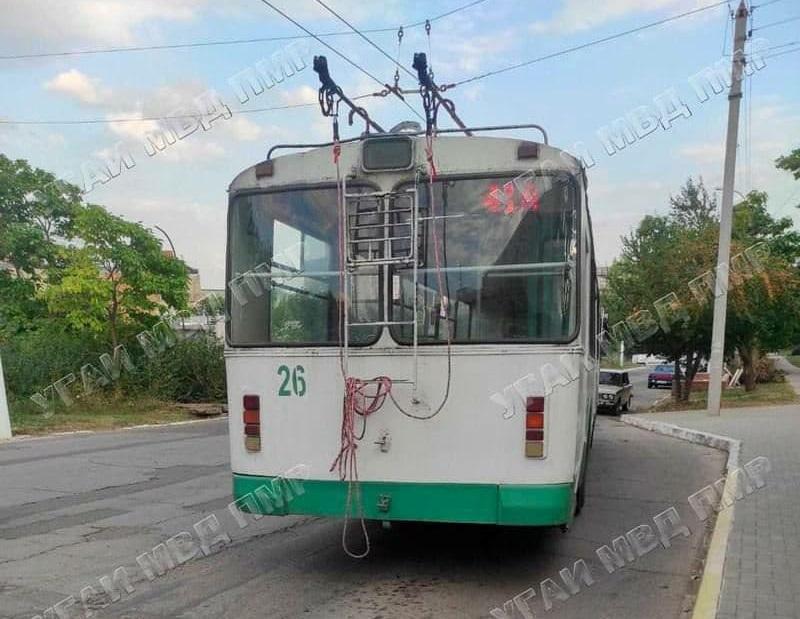 В Бендерах пенсионерка попала под колёса троллейбуса