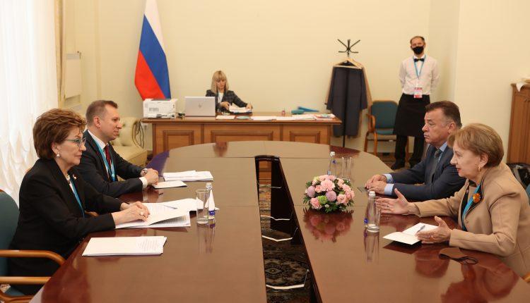 Зинаида Гречаный и Галина Карелова обсудили молдо-российские отношения