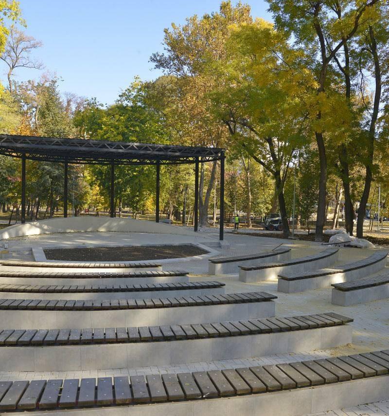 Ремонт парка на Ботанике близится к завершению
