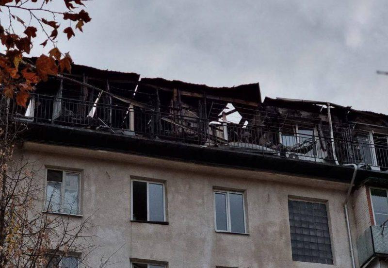 Пожар на мансарде на Буюканах: примария Кишинёва открыла счета для желающих помочь погорельцам